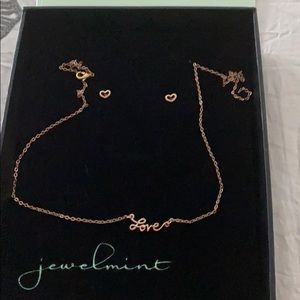 Jewelmint love necklace and earrings set